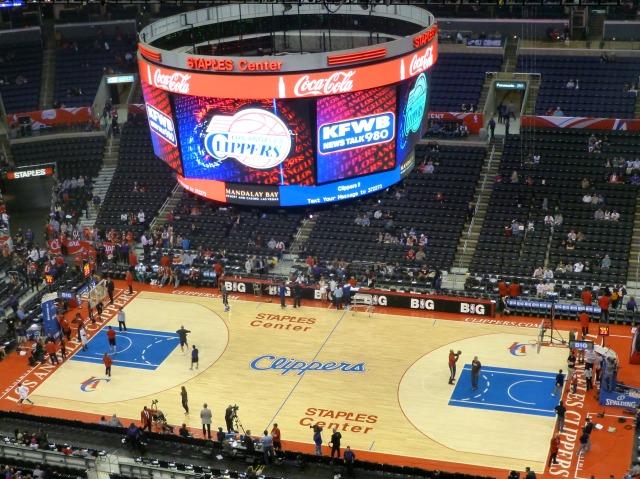 Clippers-KFWB Staples Center scoreboard