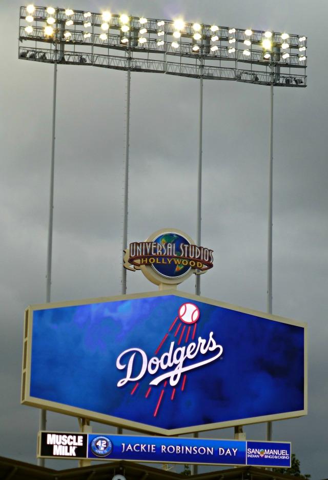 Dodgers scoreboard on Jackie Robinson Day