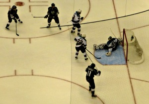 Kopitar enjoys Williams 2nd goal of the second period-the eventual game winner