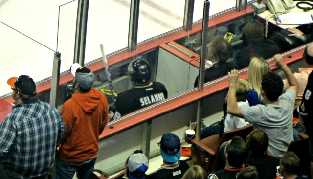 Not Selanne's seating choice to watch possibly his last game from
