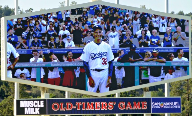 Koufax introduced by Scully...PERFECTION!